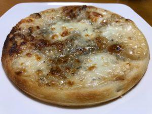 香りとコクのチーズピッツァ